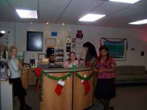 The-Office-Christmas-Photos-37