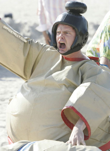 The Office: Beach Games Dwight Schrute sumo