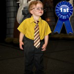 04-the-office-halloween-costume-dwight-pete