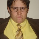 09-the-office-halloween-costume-dwight-jake