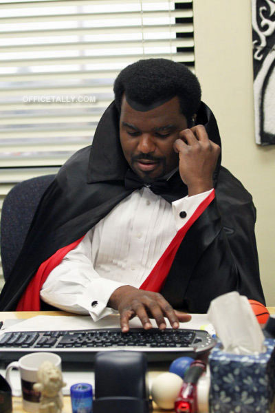 The Office Halloween: Darryl as Dracula