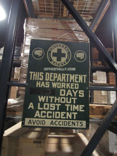 Days Without Accident sign